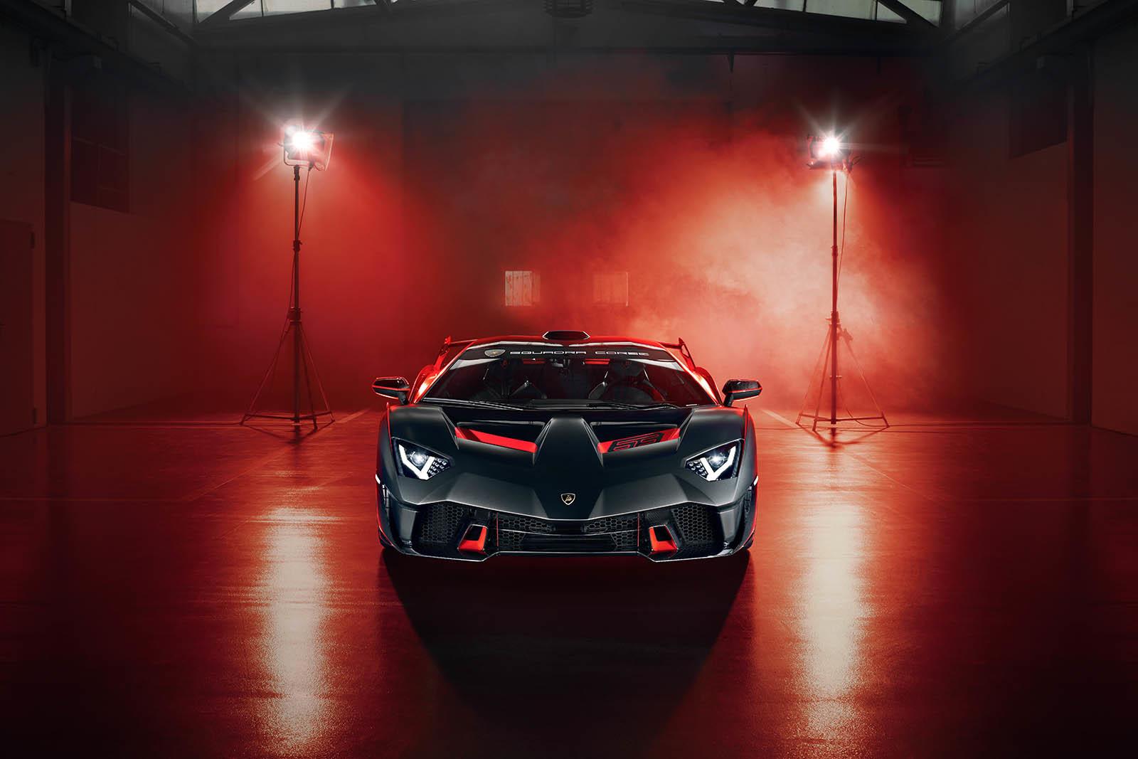 Foto de Lamborghini SC18 Alston (15/15)