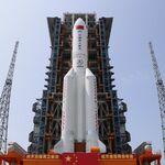 Los restos del cohete Long March 5B caen en el océano Índico: la NASA acusó a China de actuar irresponsablemente
