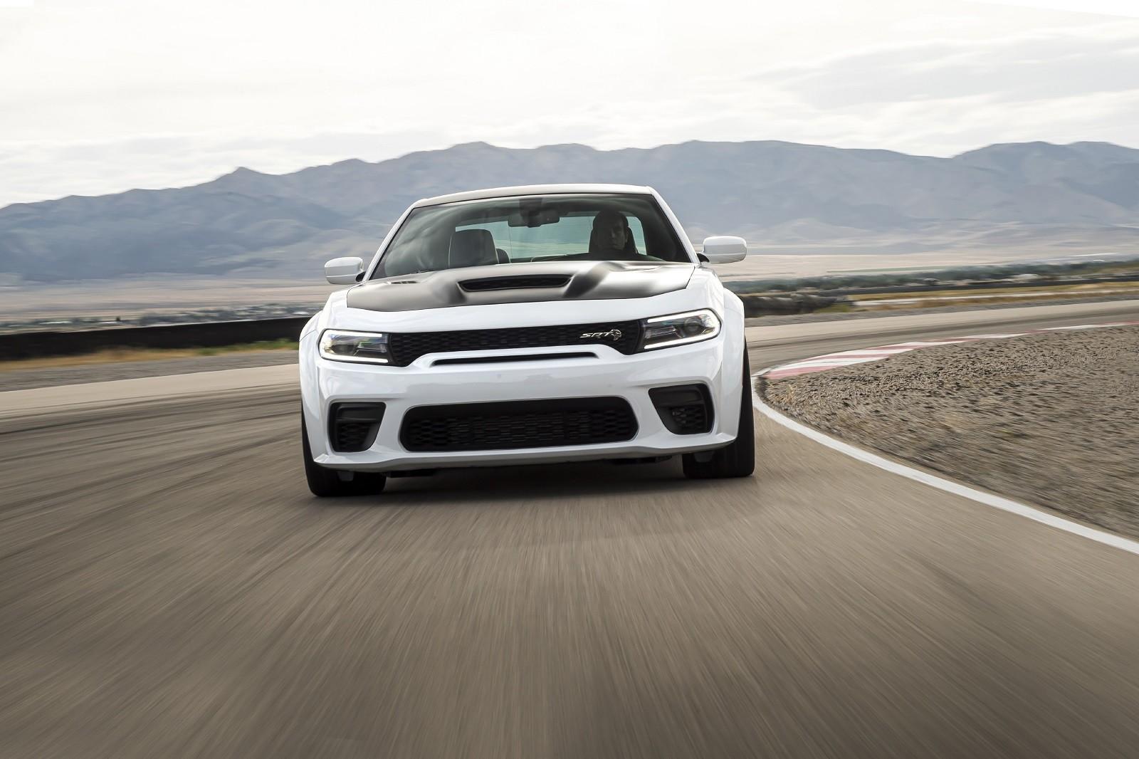 Foto de Dodge Charger SRT Hellcat Redeye 2021 (46/49)