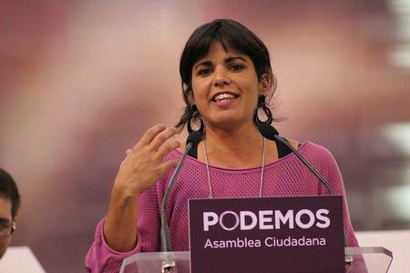 (Actualización) Una taza de machismo cada día: dimite el empresario que acosó sexualmente a Teresa Rodríguez de Podemos