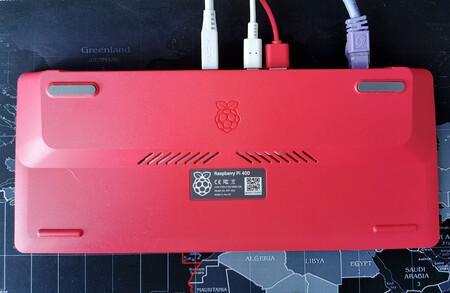 Raspberry Pi 400 11