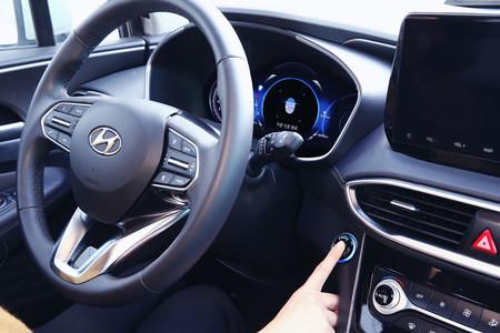 El Hyundai Santa Fe 2019 estrenará un sistema de acceso y arranque mediante lector de huella dactilar