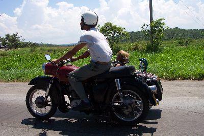 Más fotos de motos en Cuba