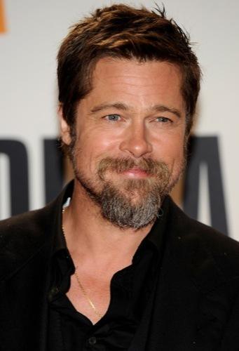 Barba o sin barba, para asistir a una fiesta esta Navidad, Brad Pitt