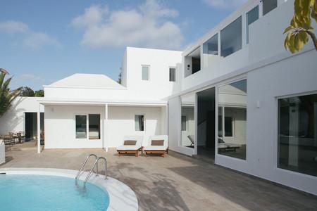 Abre sus puertas Alava Suites: belleza, calma y discreción en plena costa Teguise, Lanzarote