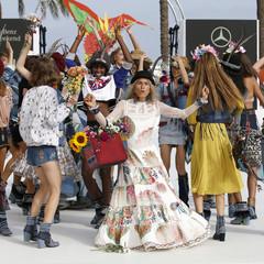 Foto 24 de 24 de la galería desigual-ha-sido-la-firma-encargada-de-inaugurar-la-primera-edicion-de-la-pasarela-mercedes-benz-fashion-week-ibiza en Trendencias
