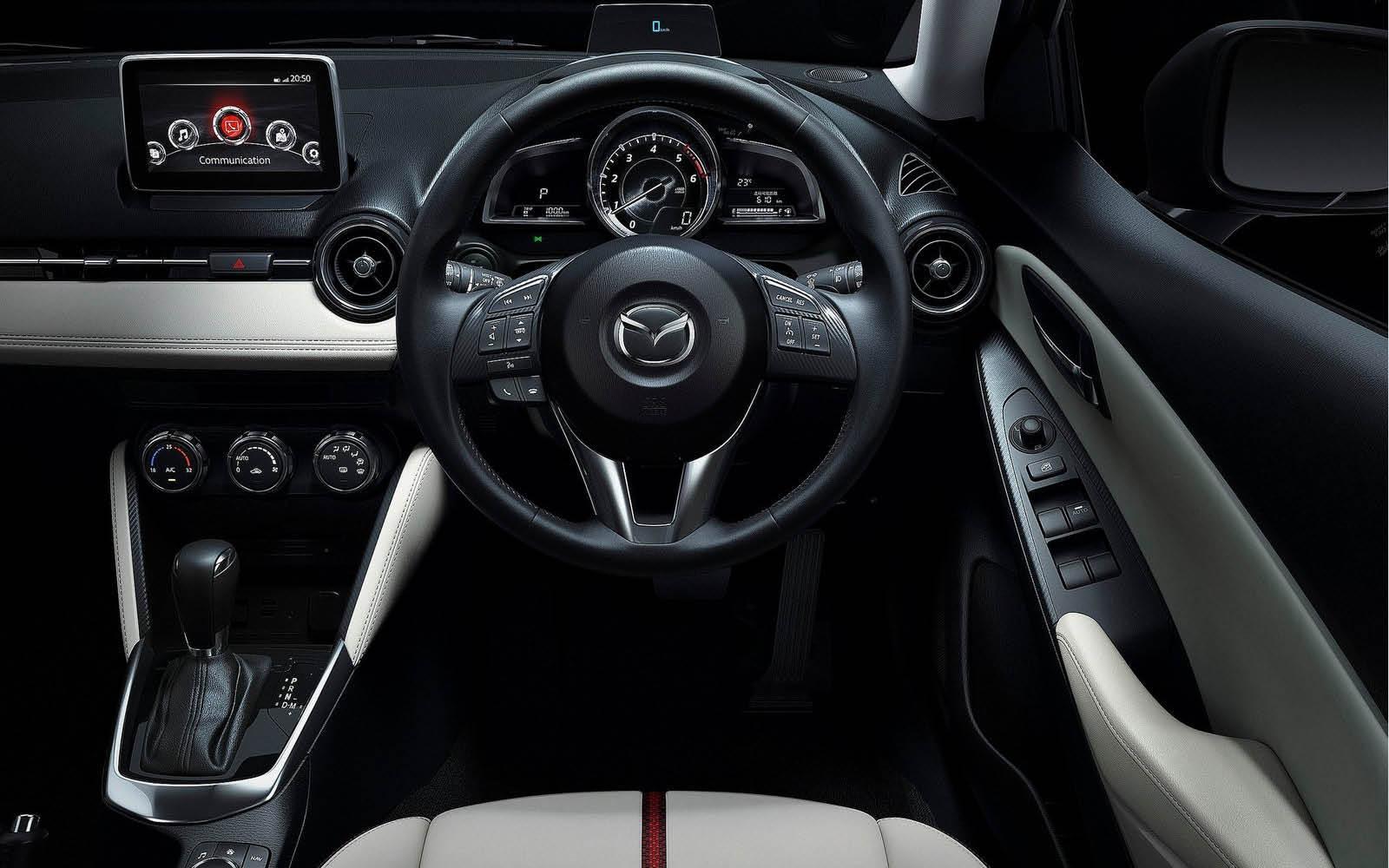 Foto de Mazda 2 2015 (6/24)