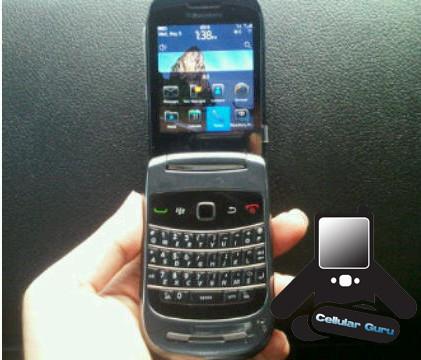 Foto de BlackBerry Slider y Clamshell 9670, un aluvión de nuevas imágenes y novedades (1/8)
