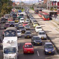 Bogotá cobraría por parquear el carro en vías públicas, mediante una aplicación