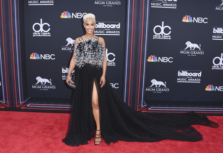 billboard music awards Sibley Scoles