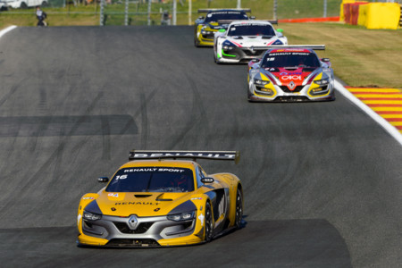 Robert Kubica vuelve a subir al podio en un circuito