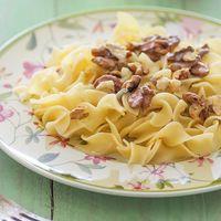 Receta de tagliata al huevo con gorgonzola y nueces