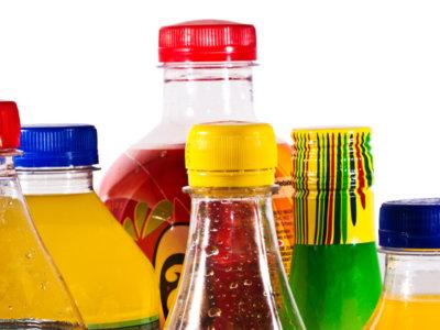 El exceso de bebidas azucaradas y su impacto en la salud