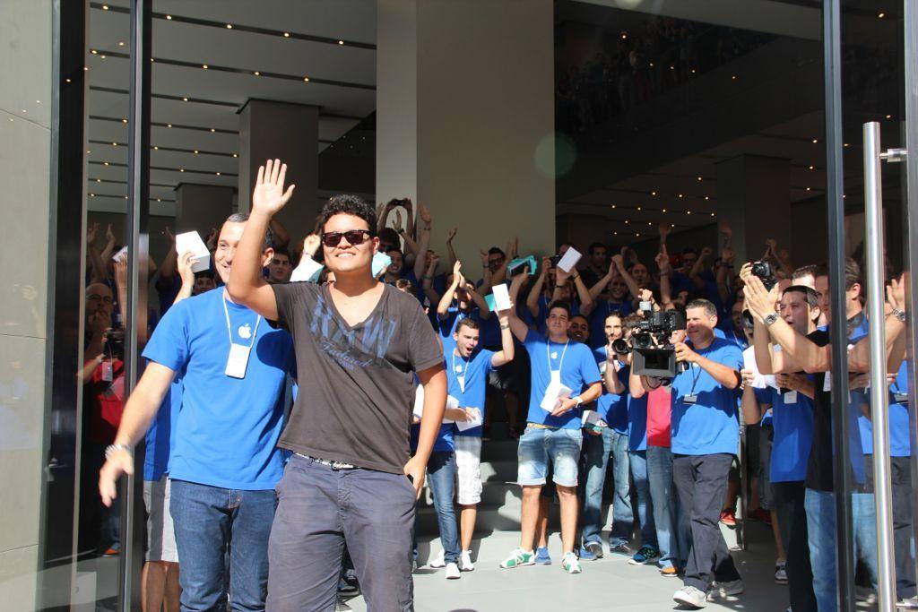 Foto de Inauguración de la Apple Store del paseo de Gracia (13/27)