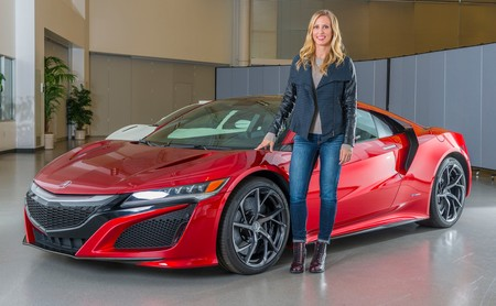 Las mujeres también crean superdeportivos: Michelle Christensen es la creativa detrás del Acura NSX