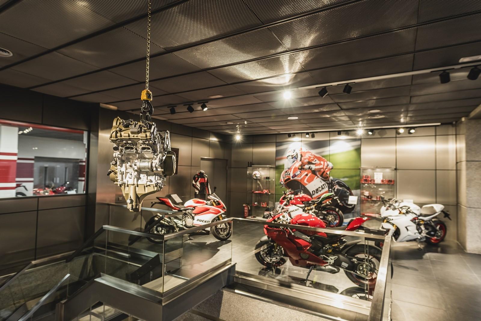 Foto de Ducati Madrid (3/9)