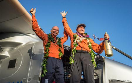 Piccard y Borschberg llegando a Hawaii