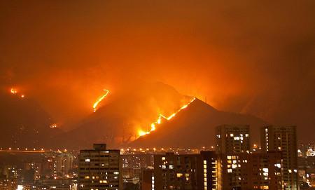 Una explosión podría ser el nuevo método para apagar incendios