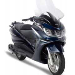 Foto 2 de 10 de la galería givi-viste-al-piaggio-x10 en Motorpasion Moto
