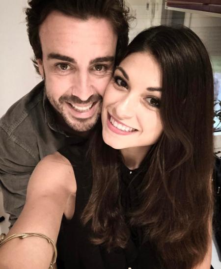 Fernando Alonso y Linda Morselli, de turisteo español y australiano
