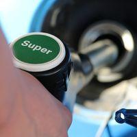 La gasolina sigue subiendo sin freno: llenar el depósito cuesta ahora 1,30 euros más que hace un mes