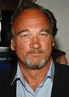 James Belushi debutará como director