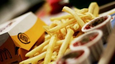 Trucos para hacer más saludable la comida fast-food
