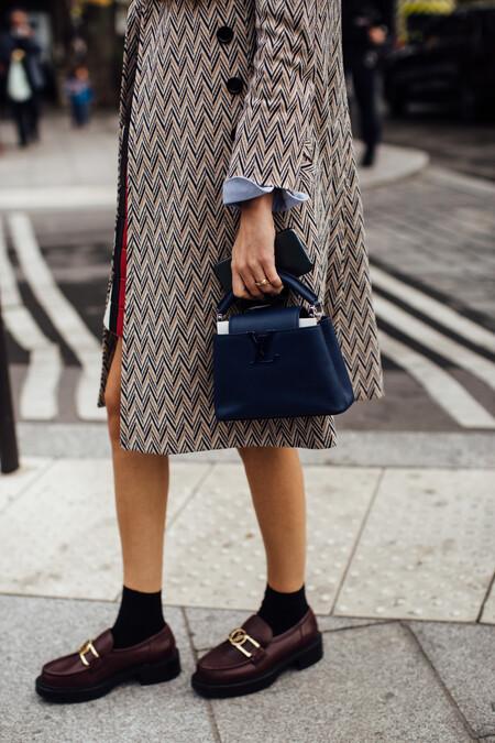 Louis Vuitton, Prada y Chanel firman los mocasines favoritos de la temporada. Palabra del street style