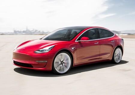 Elon Musk quiso vender Tesla a Apple, pero la firma de la manzana ni siquiera escuchó la propuesta