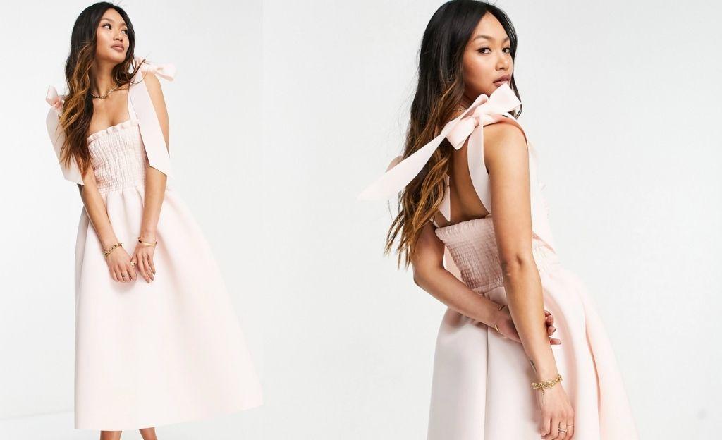 Vestido midi de graduación en color rosa claro con tirantes con lazos de ASOS DESIGN