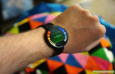 La imagen de la semana: la interfaz del reloj de Goldeneye 007 en el Moto 360