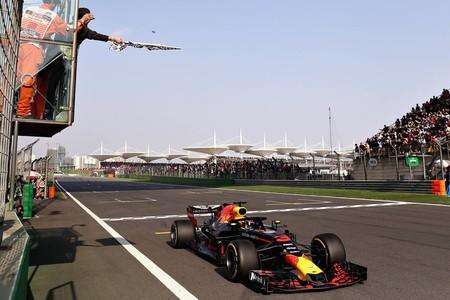 Merecida victoria de Daniel Ricciardo tras un apasionante final en el GP de China de F1