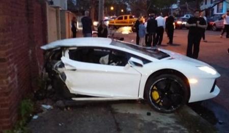 Dolorpasión™: así se partió en dos el Lamborghini Aventador de Nueva York