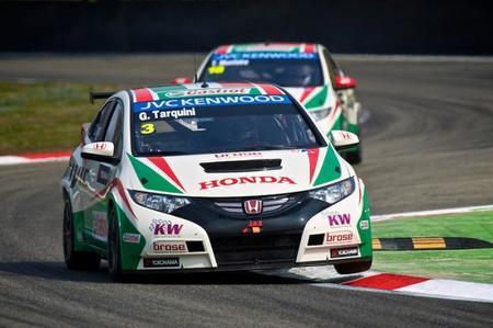 Tom Coronel y Alain Menu suenan para el tercer Honda Civic oficial