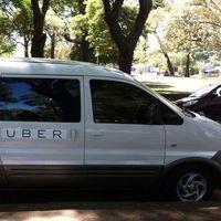 Uber está probando en México el transporte colectivo, pero nadie conoce el servicio y no tendrá un camino fácil