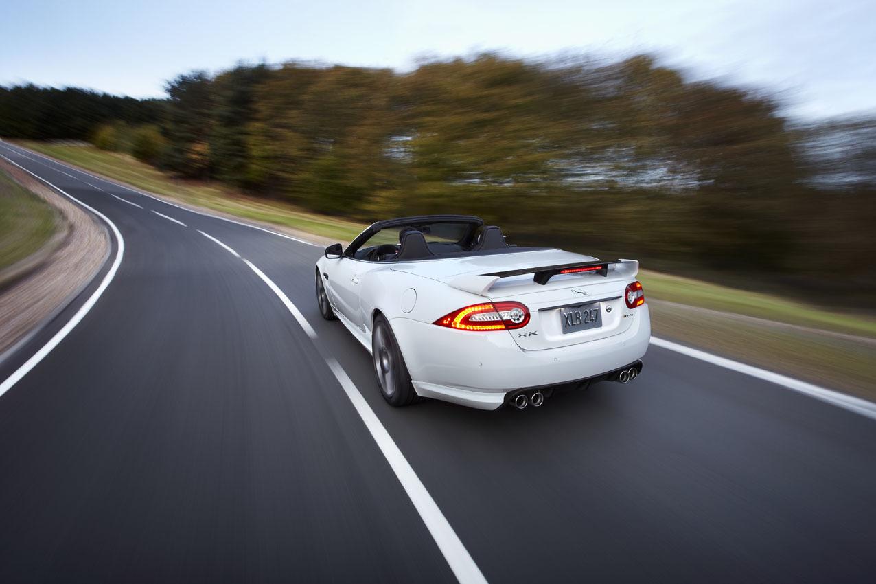 Foto de Jaguar XKR-S Convertible (2/12)