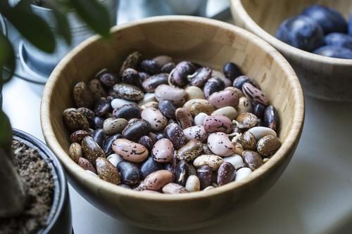 Vitamina B12 en vegetarianos y veganos: cómo saber si está baja, y cómo y cuándo suplementarnos