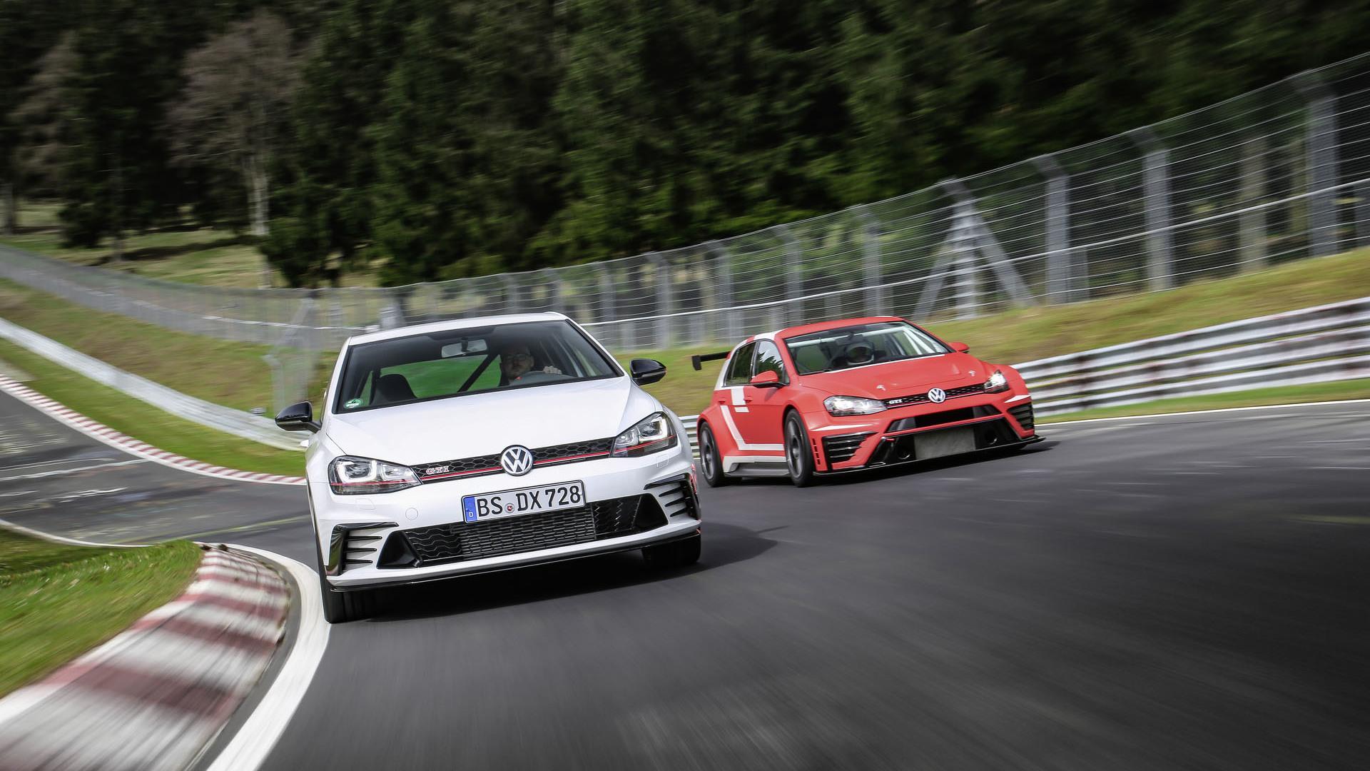 Foto de Volkswagen Golf GTI Clubsport S (28/36)