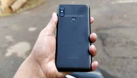 One Power: un vistazo desde -casi- todos sus ángulos al próximo smartphone con Android One de Motorola