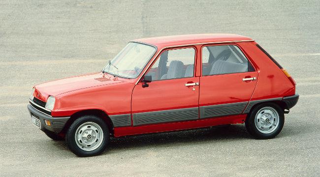 Renault Cinco rojo