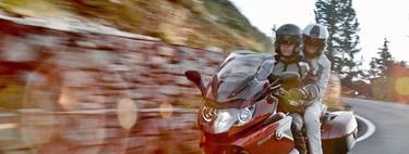 ¿Cómo conducir con pasajero en moto? Aquí tienes ocho consejos para una ruta a dúo perfecta