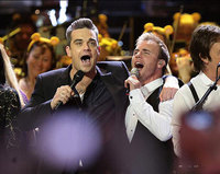 Robbie Williams y Take That se unen por una noche