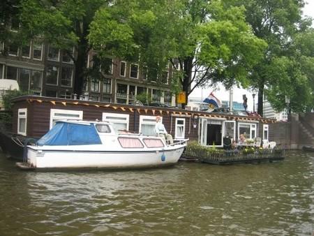 Barco vivienda en Amsterdam