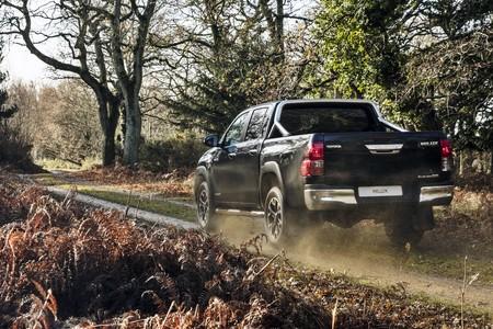 Toyota Hilux Invincible 50 Chrome 2018 1