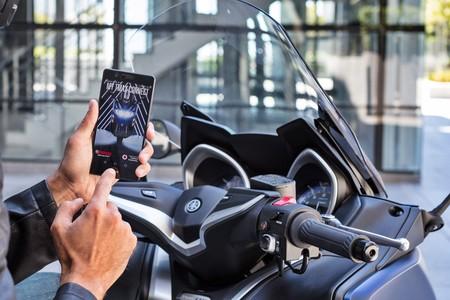 Yamaha T Max 530 2017 Vodafone 2