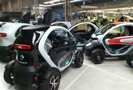 Visitando la fábrica del Renault Twizy (en Valladolid)