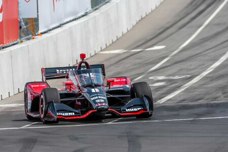 Marcus Ericsson se beneficia de su caos y Álex Palou sobrevive a una carnicería para seguir líder de la IndyCar