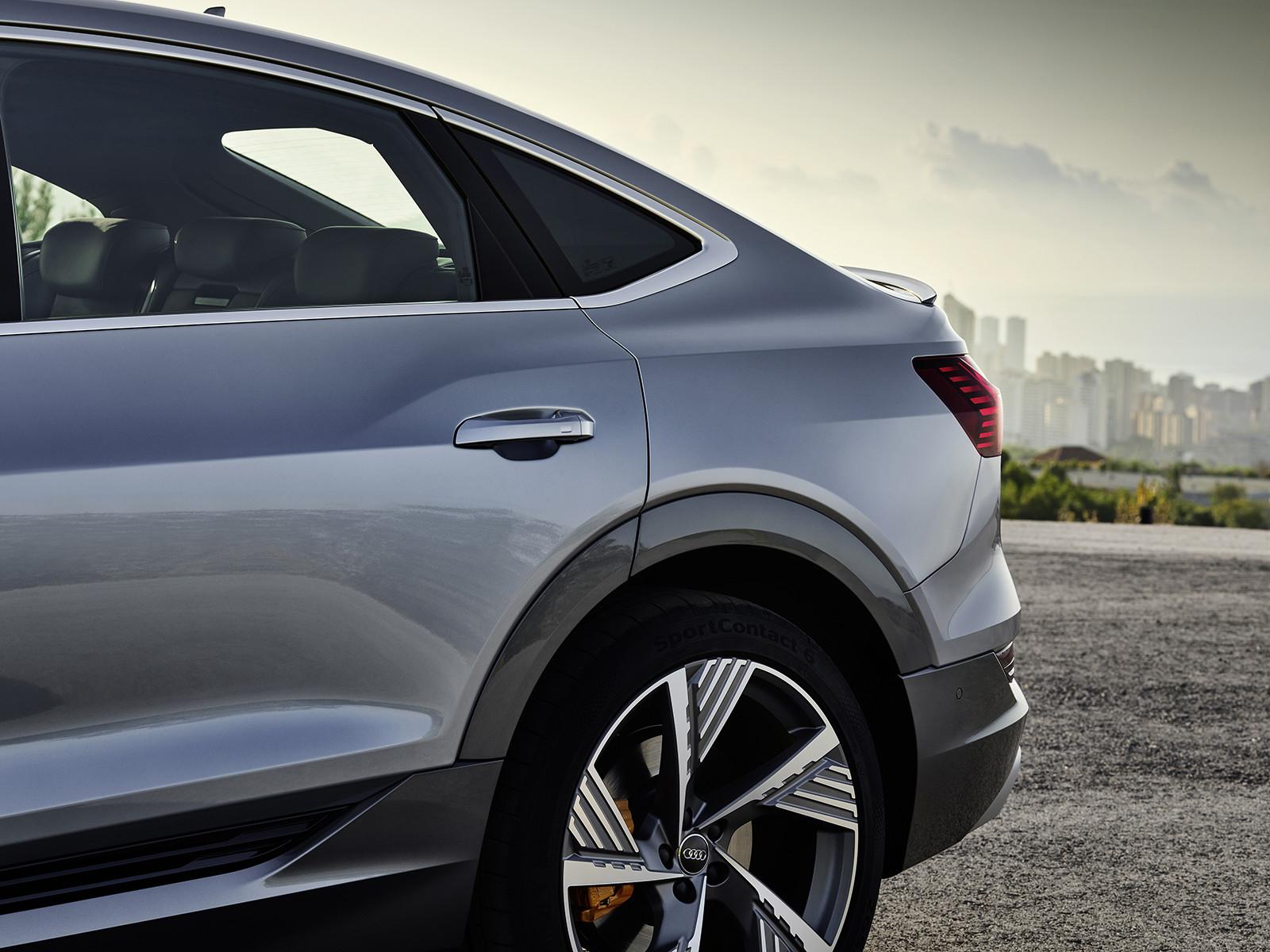 Foto de Audi e-tron Sportback (31/57)