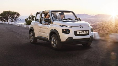 El Citroën E-MEHARI se vuelve más polivalente, con versión de techo duro y más equipamiento