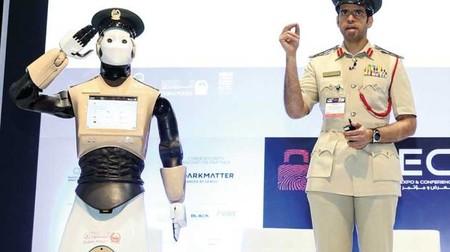¿Te sentirías más seguro con este atemorizante robot policía patrullando tu ciudad?